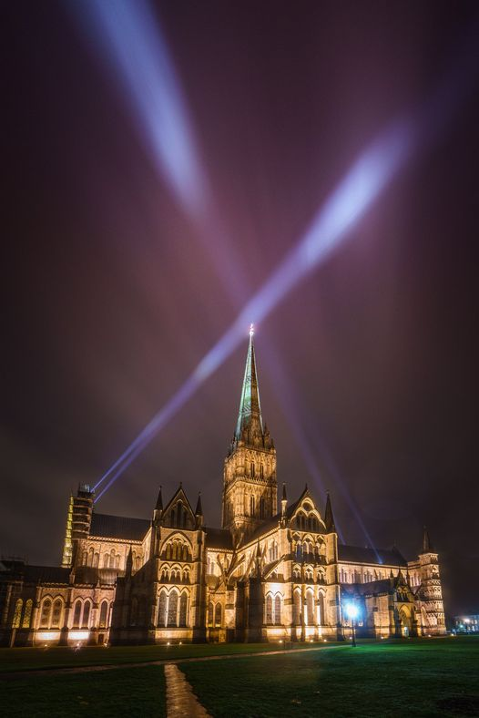light of hope salisbury cathedral peter walker sculptor