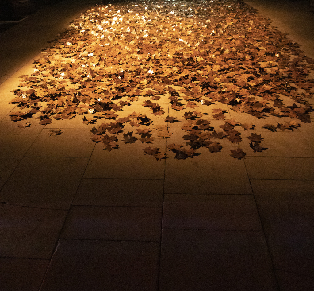 The Leaves of the trees covid memorial artwork by Peter Walker Sculptor